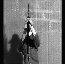 cortometraje - La Sombra del Soldado. Um projeto de Design, Música e Áudio, Instalações, Fotografia, Cinema, Vídeo e TV e 3D de Lucía Butragueño Díaz-Guerra         - 08.02.2010