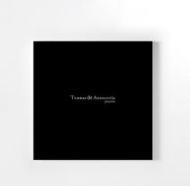 Tumbas de Andalucía. Un proyecto de Diseño de Fuen Salgueiro - 19-02-2010