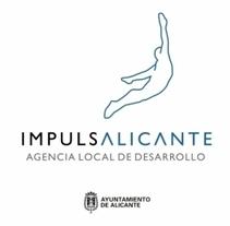 Redes Sociales Centro de Emprendedores de Alicante. Un proyecto de Publicidad de Dámaris Muñoz Piqueras - 20-02-2013