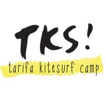 Branding + Web, Tarifa Kitesurf Camp. Un proyecto de Diseño e Ilustración de Se ha ido ya mamá  - Martes, 11 de junio de 2013 12:29:48 +0200