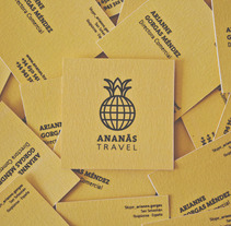 ananás travel agency. A Design project by carla cobas         - 23.07.2013