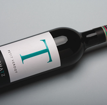 Bodegas F. Schatz. Un proyecto de Packaging de Jose Mª Quirós Espigares - 14-02-2012