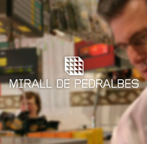 Mirall de Pedralbes. A Br, ing, Identit, Graphic Design, and Web Design project by Adworks-bcn  - 07-03-2014