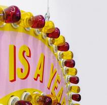 A Tooth is a Year. Un proyecto de Instalaciones y Diseño gráfico de Jordi Matosas         - 01.04.2009