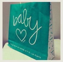 Nonino - Tienda de Bebés. Un proyecto de Br, ing e Identidad, Diseño gráfico y Post-producción de CELINA SABATINI Diseño & Comunicación Estratégica - 10-04-2014
