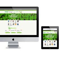 Web site corporativo. A Art Direction, and Web Design project by Ovidio Rey Edreira - Jul 14 2014 12:00 AM