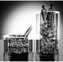 Agua mineral Bezoya (hielera). Un proyecto de 3D, Br e ing e Identidad de Javier García García de Iturrospe         - 14.07.2014