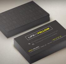 Life in Yellow!. Um projeto de Design, Br, ing e Identidade e Design gráfico de Laura Sarrió         - 26.11.2014