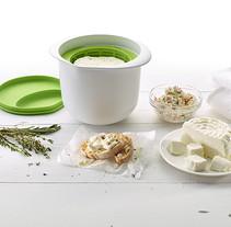 Cheesemaker for Lékué. Un proyecto de Cocina y Diseño de producto de Joan Rojeski         - 11.05.2015