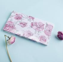 Roses notebook. Un proyecto de Ilustración y Artesanía de Carmen Gómez Pablos - 14-06-2015
