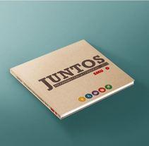 Libreto Juntos. Um projeto de Design editorial e Design gráfico de eva_maria_romero - 28-02-2014