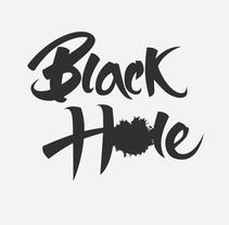 Black Hole Cover. Un proyecto de Ilustración, Diseño gráfico y Caligrafía de Daniel Vidal - 07-09-2015