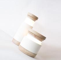 Abre Lamp. Un proyecto de Diseño de muebles, Diseño de iluminación y Diseño de producto de Carlos Jiménez - 09-09-2015