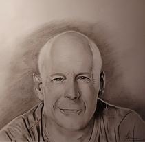 Dibujo a lápiz. Bruce Willis. Un proyecto de Diseño, Ilustración, Bellas Artes, Diseño gráfico y Pintura de Miguel Angel Lallana Figueroa - 14-02-2016
