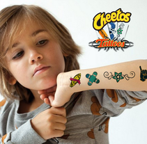 Cheetos Tattoos. A Art Direction, Graphic Design, and Packaging project by Gemma Contreras          - 12.03.2016