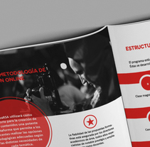 Booklet informativo. A Design, and Editorial Design project by Marina Oorthuis  - 07-01-2015