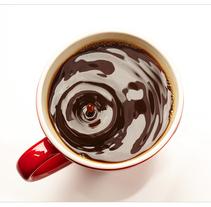 Gota de café. A Photograph, and Cooking project by Facto Foto         - 10.08.2016