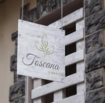 Nueva identidad gráfica corporativa. Restaurante L´Antica Toscana. Un proyecto de Br, ing e Identidad y Diseño gráfico de Isabel García         - 20.09.2016