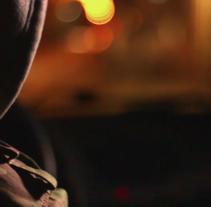 """Videoclip · Ribo720 """"Sexy Saxo"""" . Un proyecto de Publicidad, Cine, vídeo, televisión, Dirección de arte y Escenografía de ANA A. BALBUENA         - 05.07.2015"""