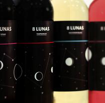 8 Lunas (Gama Joven). Un proyecto de Diseño, Dirección de arte y Packaging de VIBRA  - Martes, 03 de enero de 2017 00:00:00 +0100