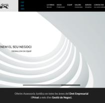 Renovación de la web corporativa de Més Advocats. Un proyecto de Desarrollo Web de rseoaneb - 14-09-2015