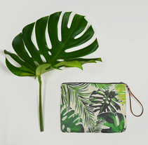 Bolsos estampado tropical. A Accessor, Design, Fashion, and Pattern design project by Mónica Muñoz Hernández - 11-07-2017