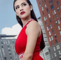 Daniela - Fotografía. Un proyecto de Publicidad, Fotografía, Moda y Retoque digital de Carlos Espinoza         - 01.09.2016