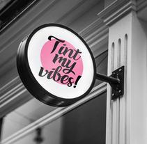 Tint my vibes!. Un proyecto de Diseño, Ilustración, Br, ing e Identidad, Diseño gráfico y Diseño Web de Gemma Bouzas - 12-01-2018
